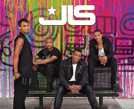 JLS' 'She Makes Me Wanna' single cover.
