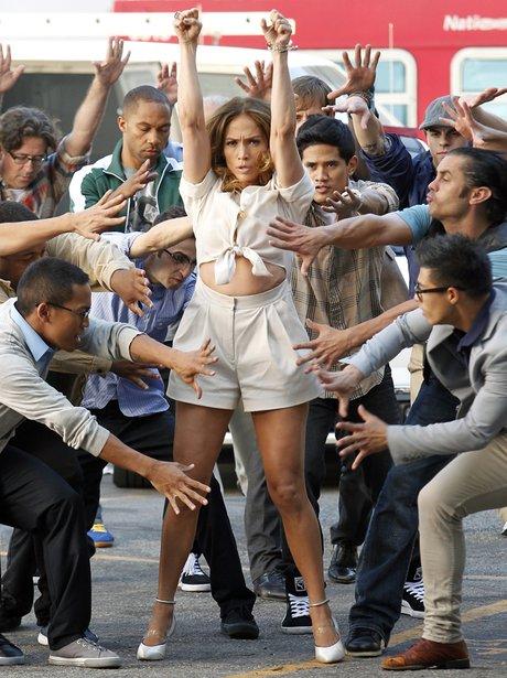 Jennifer Lopez onset