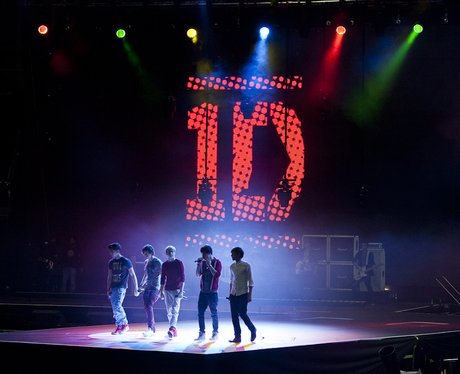 One Direction Rehearsing at the 2011 Jingle Bell Ball