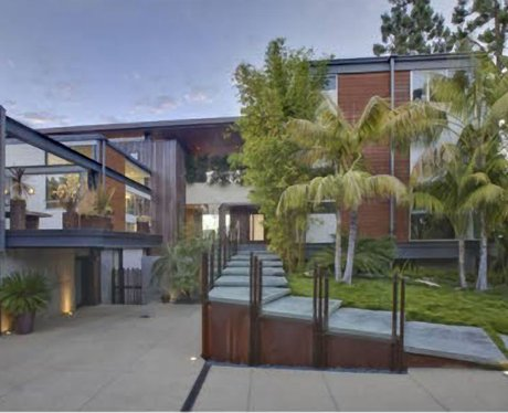 Justin bieber 39 s new home capital for Modern homes hollywood hills