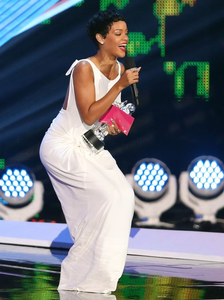 Rihanna MTV VMA 2012 awards