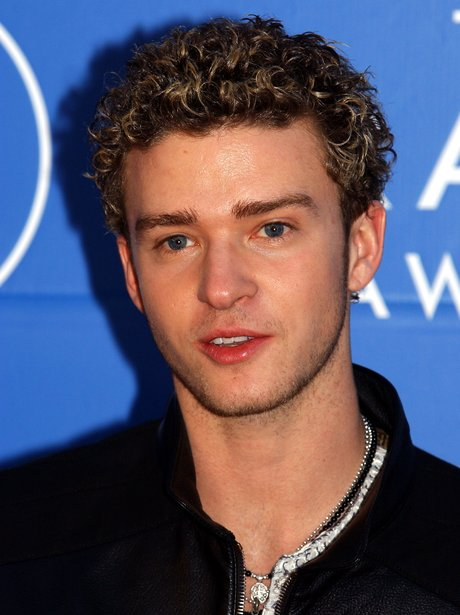 Justin Timberlake with nautral curls in 2002