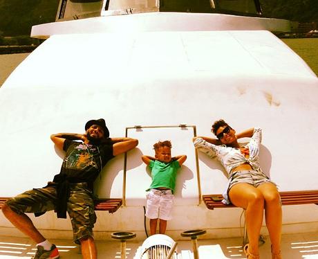 Alicia Keys enjoys a family holiday with Swizz Beatz