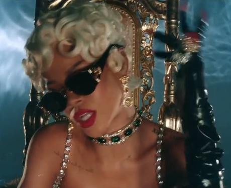Rihanna - 'Pour It Up' (Official Video)