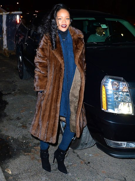 Rihanna Wraps Up For Dinner At Her Favourite Restaurant In