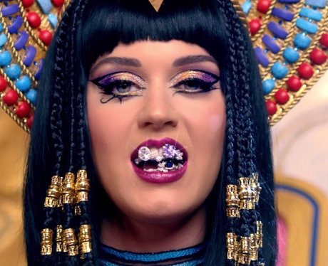 Super 2 Katy Perry Goes Ancient Egyptian Katy Perry39S Hair 12 Short Hairstyles For Black Women Fulllsitofus