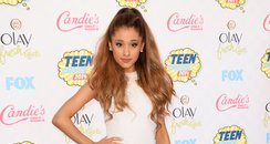 Ariana Grande arrives at the Teen Choice Awards 20