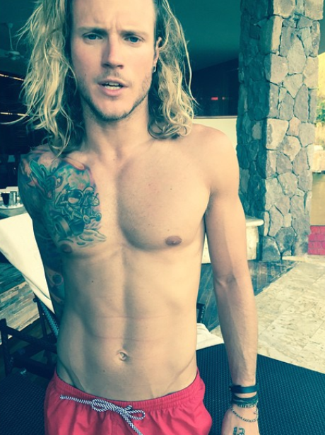 looking ripped there dougie keep it up   this week s