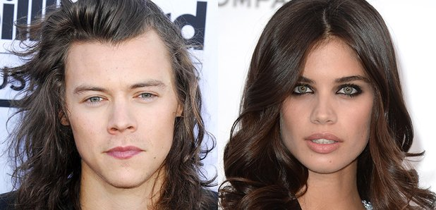 harry styles dating new girl Harry styles opens up about his 'wrong' and 'weird' dating behaviour square in new york as the clock struck midnight on new year's eve,.