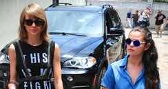 Taylor Swift and Selena Gomez go for lunch togethe