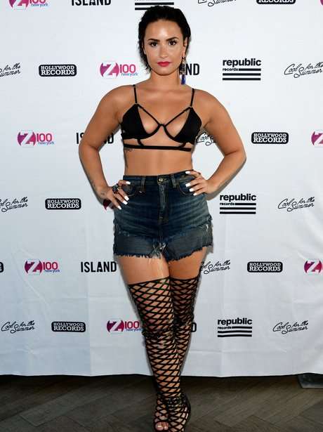 Demi Lovato Revealing Outfit