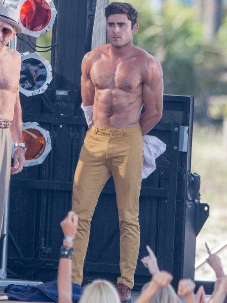 Zac Efron Naked Body 21