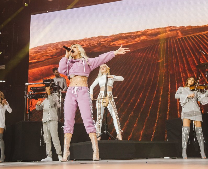 Clean Bandit Louisa Johnson Jingle Bell Ball 2016