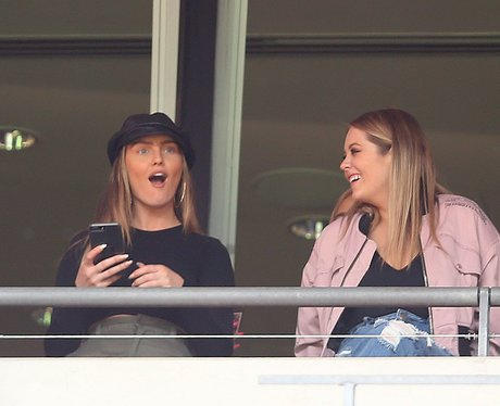 Perrie Edwards cheers on Alex Oxlade-Chamberlain a